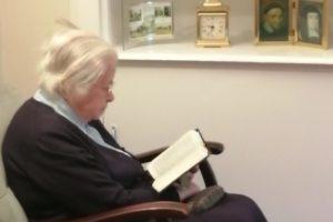 Sr Anne Praying GB